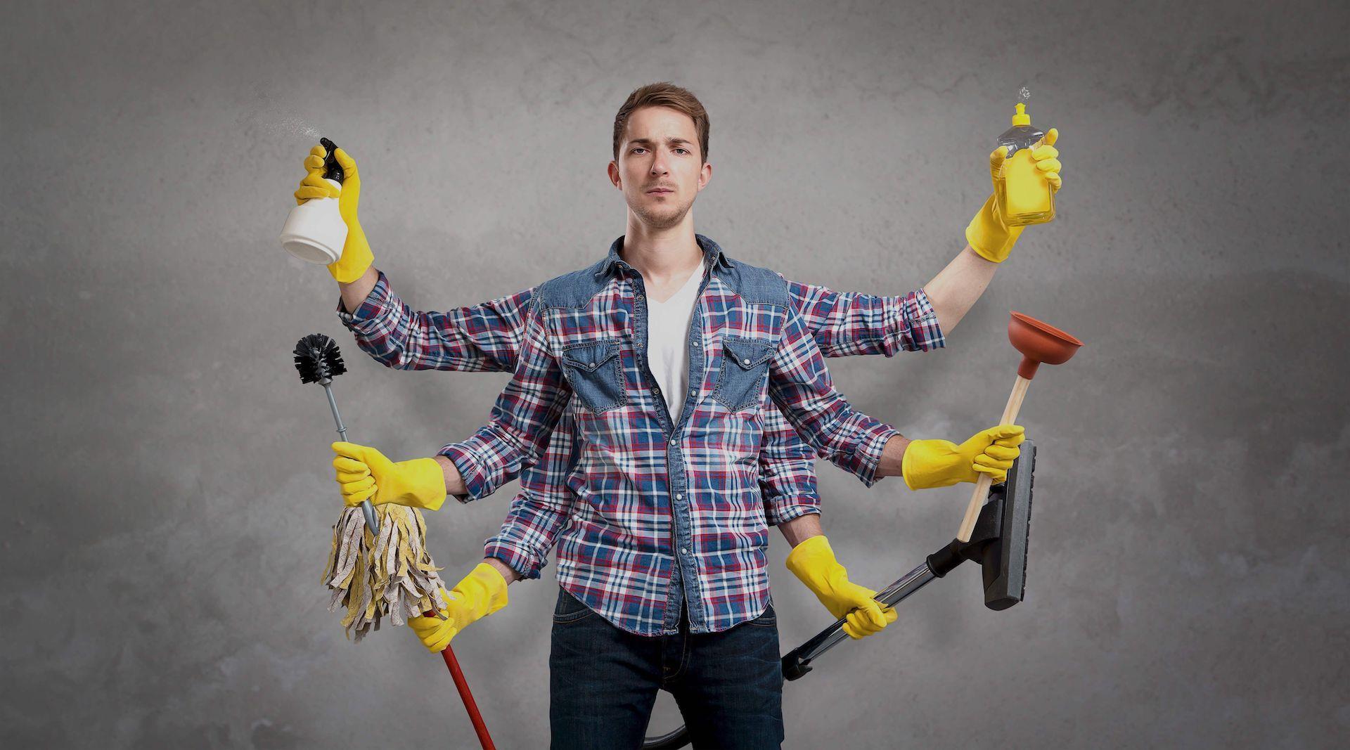 Photo d'un homme de ménage